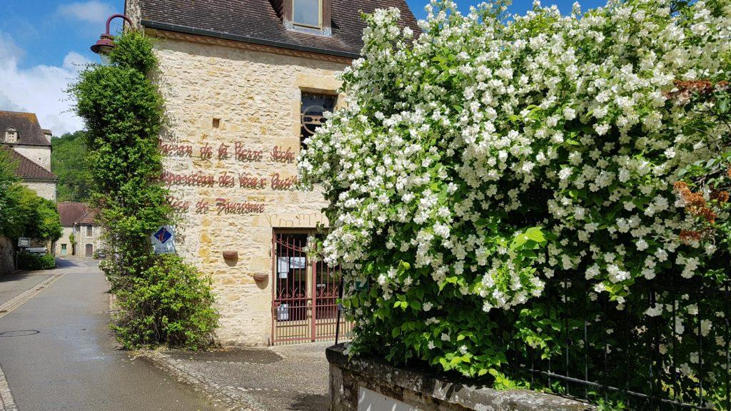 Une commune de Dordogne à l'honneur sur le site national Villes et Villages Fleuris !